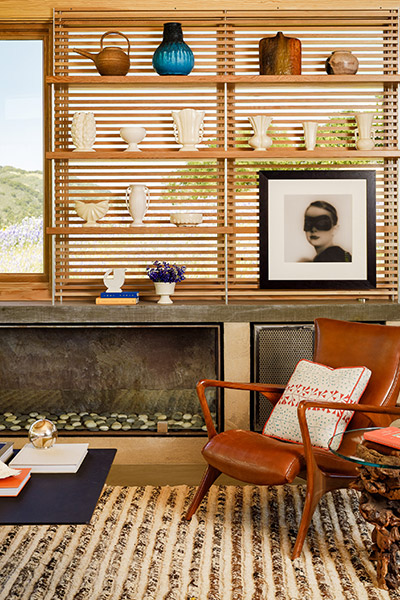 Caterpillar House by Feldman Architecture - contemporary ranch home with great living room decoration
