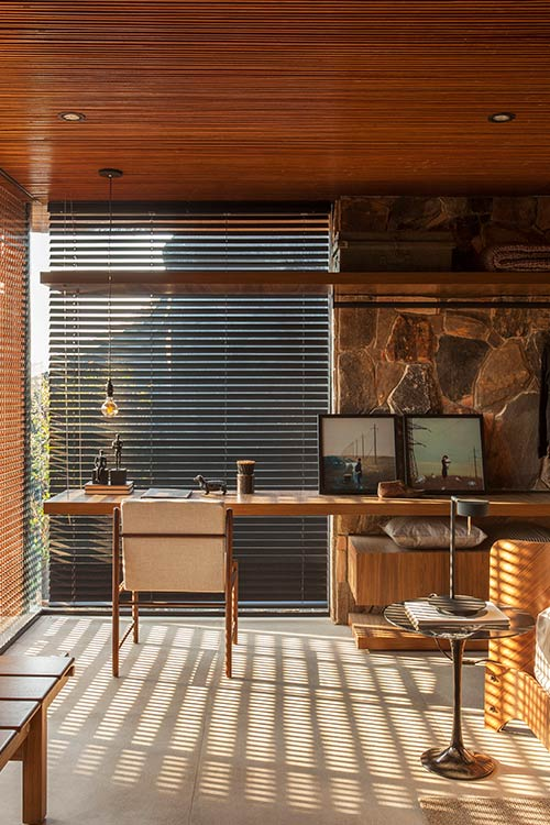 Contemporary Brazilian house for an art collector - Collector's Nook by mf+arquitetos
