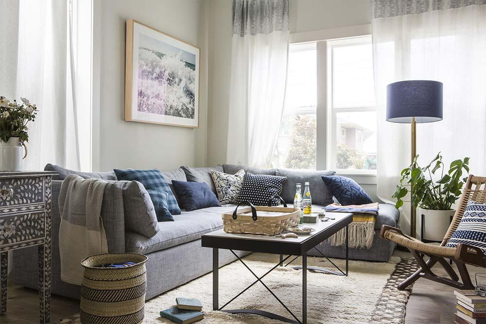 Colorful floor lamp - living room decor idea