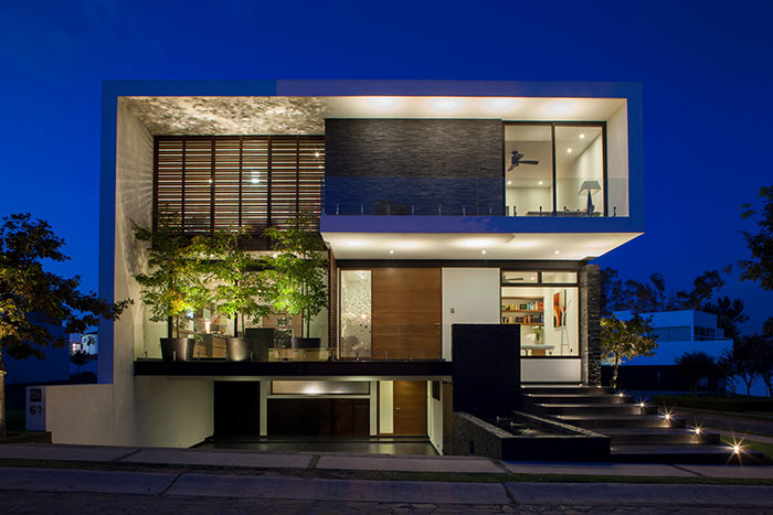 Contemporary design luxurious house in Mexico