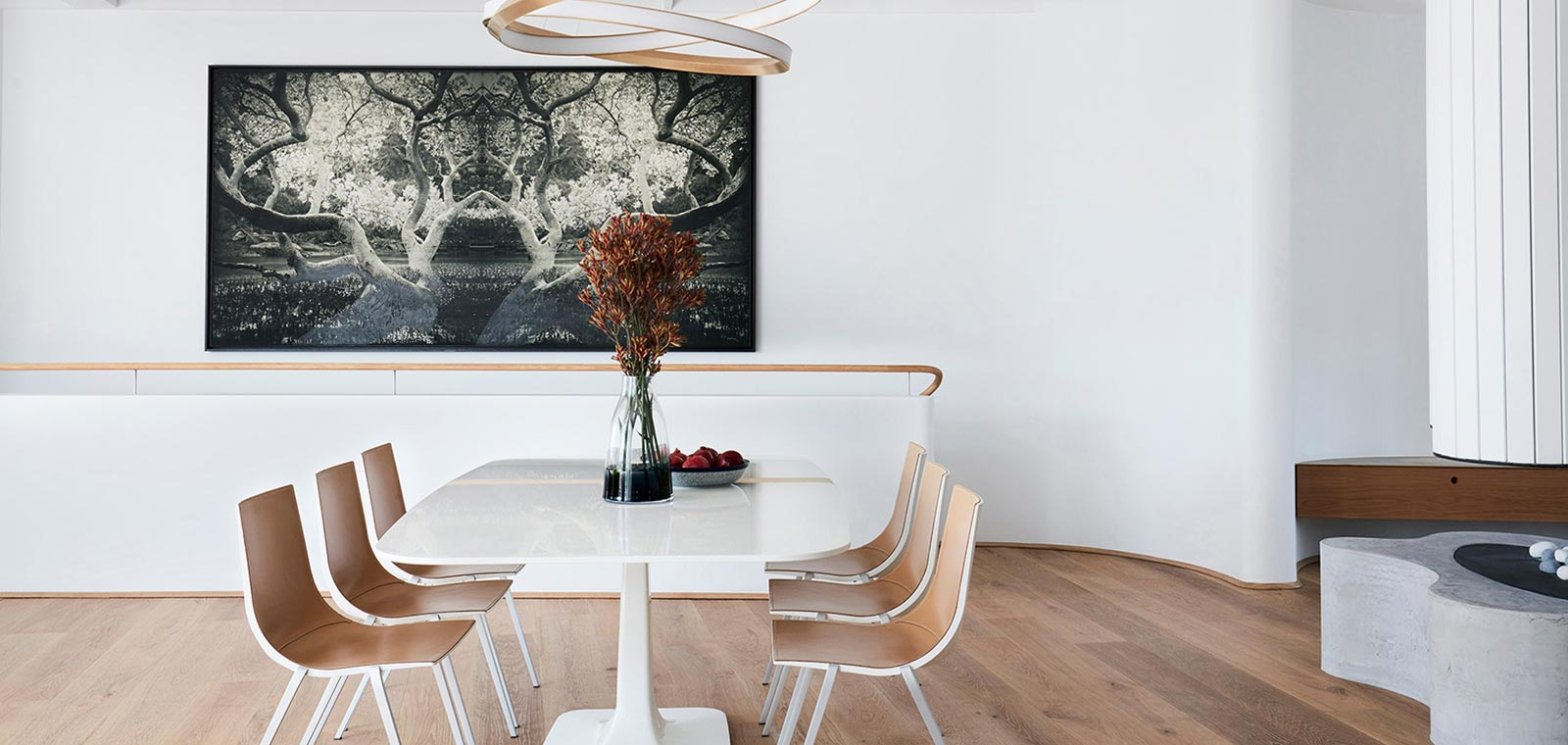 Tama's Tee Home by Luigi Rosselli Architects in Sydney, Australia - contemporary dining room design