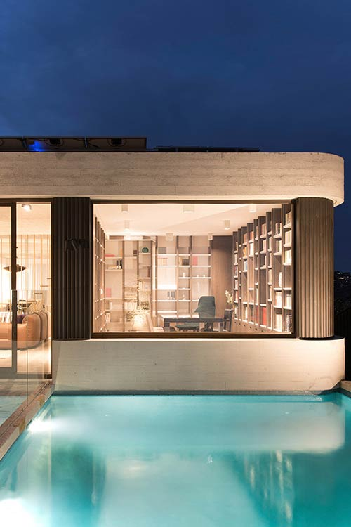 Exterior of The Books House by Luigi Rosselli Architects