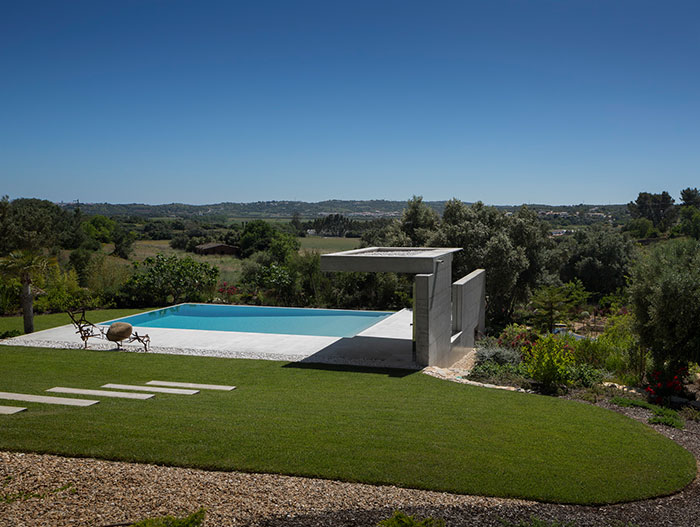 Gorgeous contemporary pool in Algarve Portugal by Mario Martins Atelier