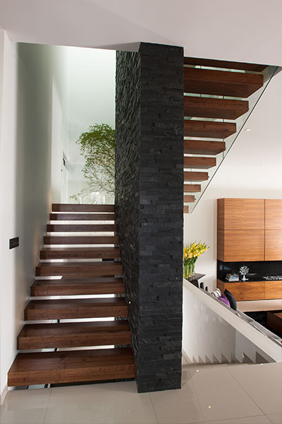 GM House by GLR Arquitectos gorgeous staircase in luxurious house Mexico
