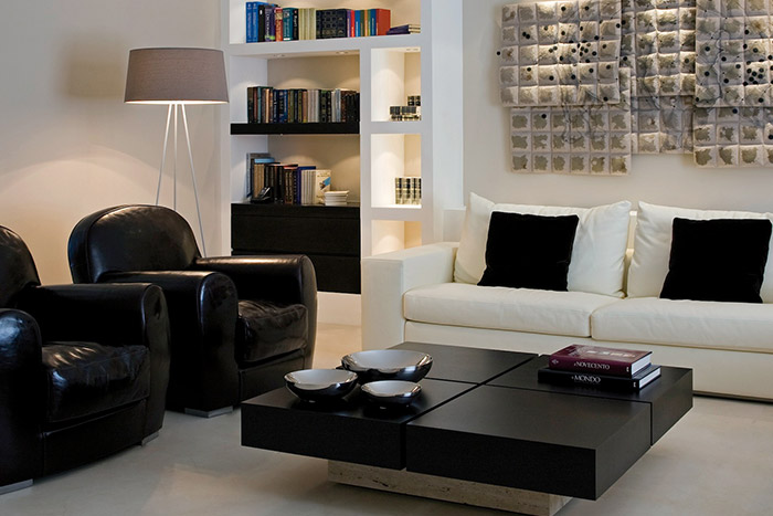 Great living room design in modern duplex apartment with top of the line modern Italian furniture - Ernesto Fusco