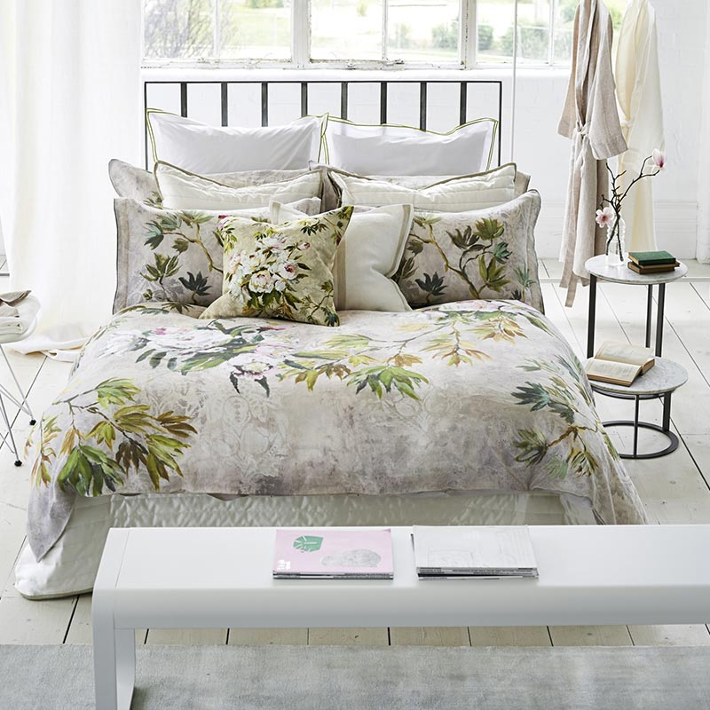 Green floral bedding set