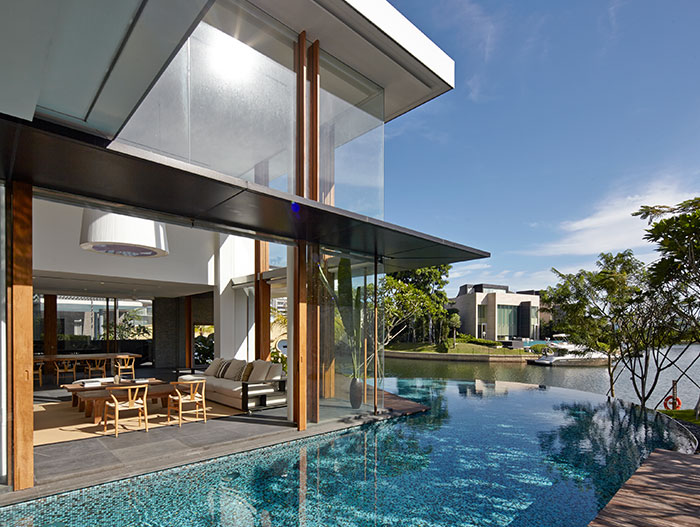 Stunning Sentosa Cove, Singapore home with gorgeous swiming pool by Robert Greg Shand Architects