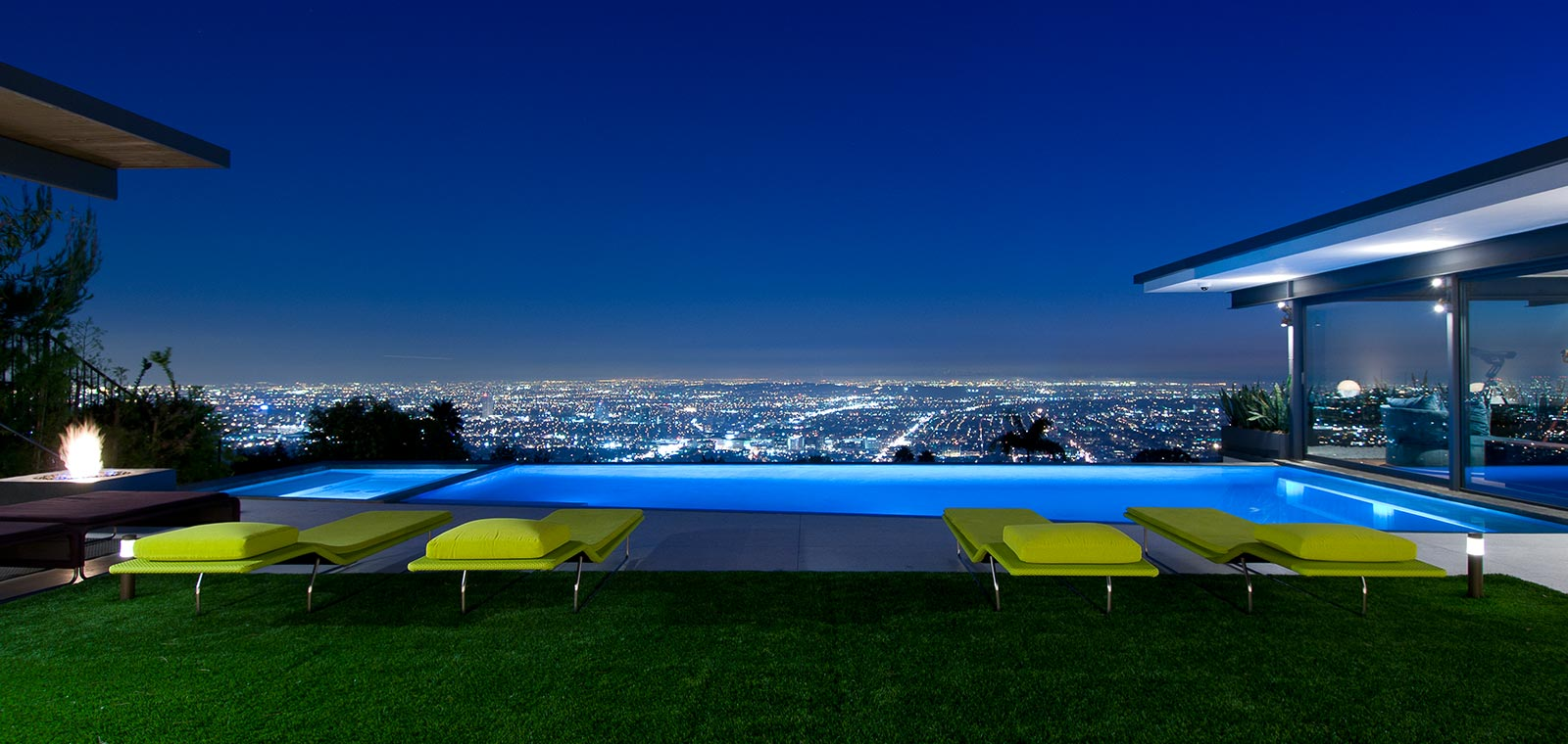 Hopen place Matthew Perry contemporary celebrity home Hollywood Hills