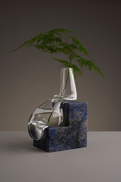Indefinite vases by Studio E.O - abstract melting vase design