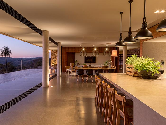 Open-plan interior design - House of Stones