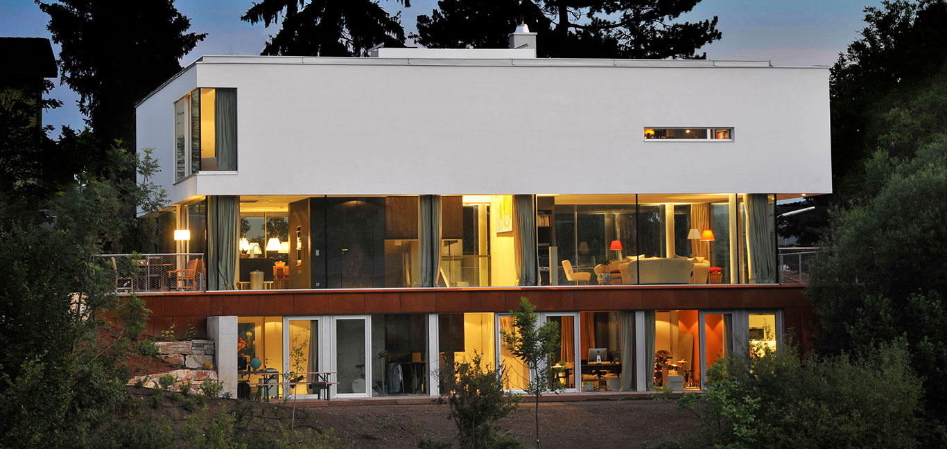 Exterior of a light-filled, low-energy house located near Vienna Forest