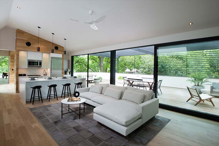 Unusual Texas home with open space kitchen and living area - by Matt Fajkus Architecture