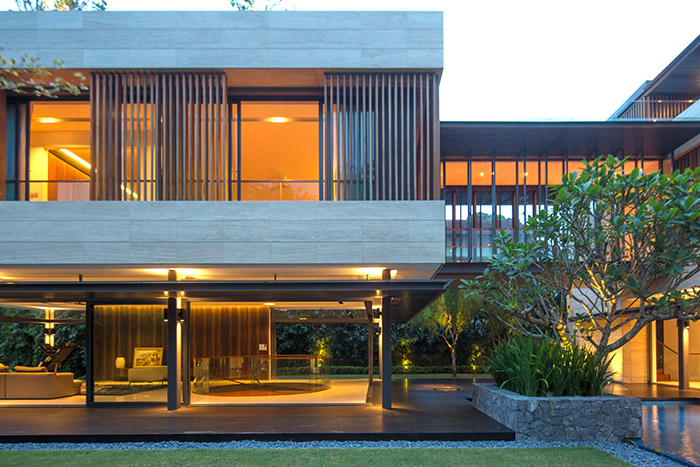 Secret Garden House: Contemporary architecture for luxurious home in Singapore