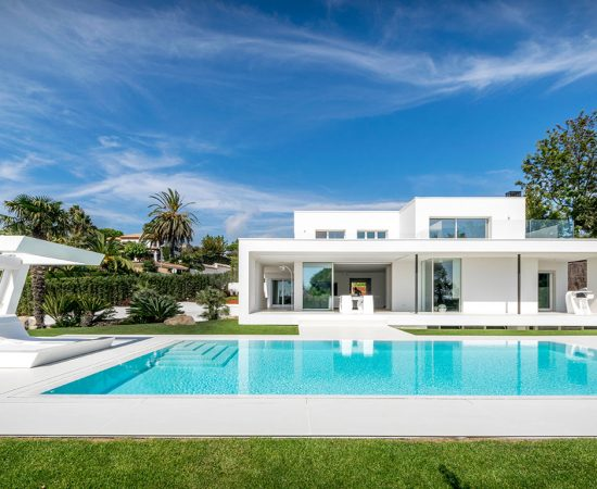From grandma's house to a gorgeous Mediterranean-inspired modern residence near Barcelona by 08023 Architects
