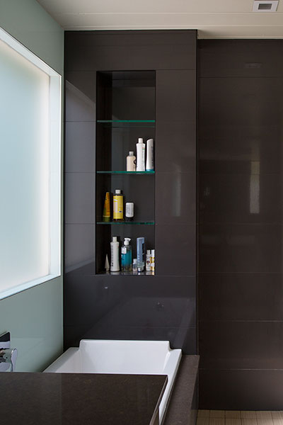 Modern Bathroom in Silicon Valley house remodeling Eichler home