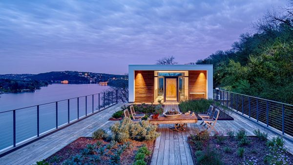 From 1970s classic house to spectacular modern cliff dwelling in Austin, Texas by Specht Architects