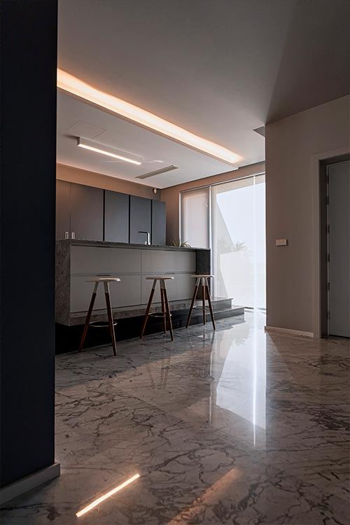 Modern kitchen design idea in Malta