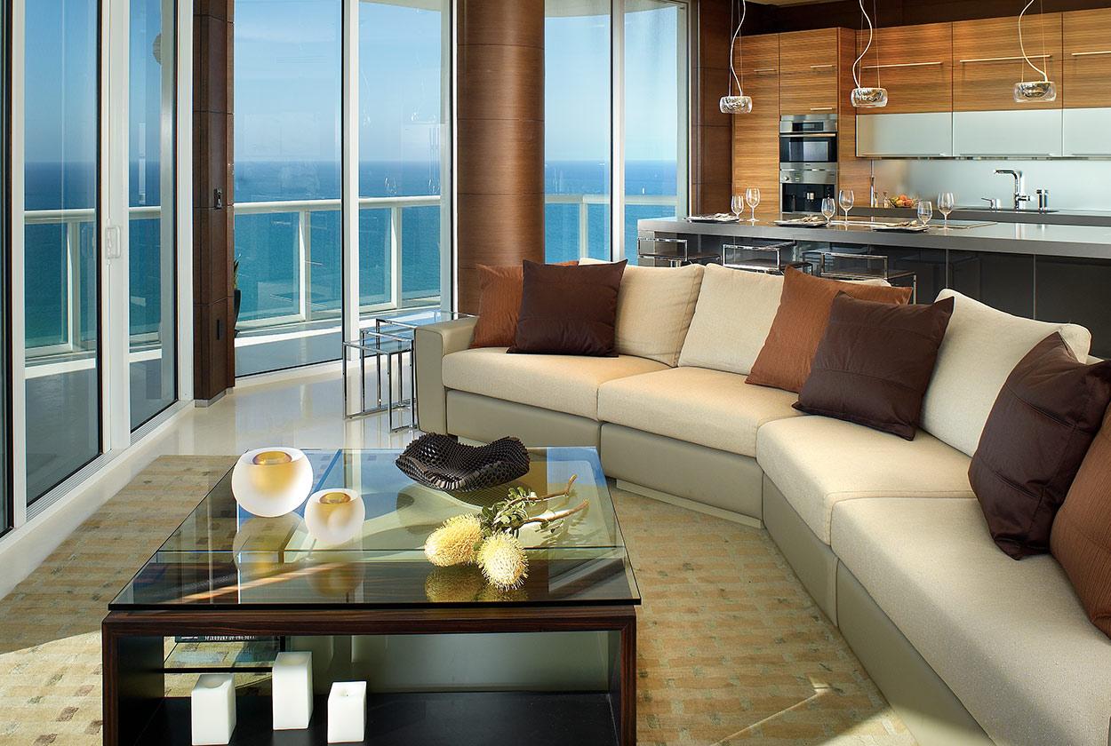 Modern penthouse Miami Florida Akoya Mayor Residence