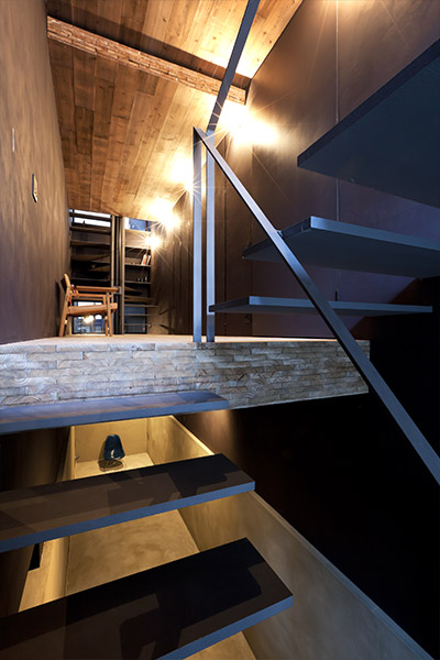 Minimalist interior in a super narrow house in Tokyo, Japan by YUUA Architects