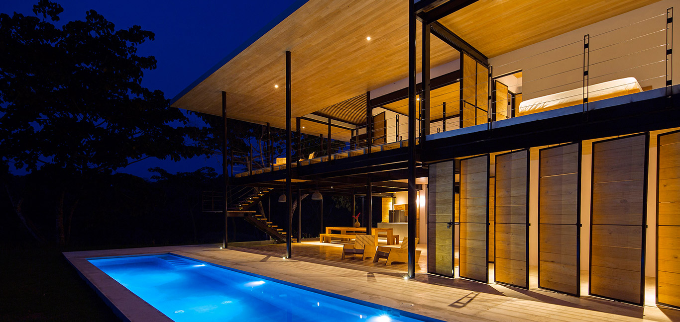 Ocean Eye by Benjamin Garcia Saxe: Beautiful, eco-friendly house in Costa Rica with stunning pool and breathtaking views