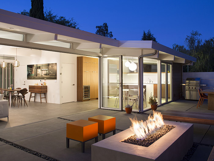 Classic Palo Alto house gets modern makeover for a Californian indoor-outdoor lifestyle