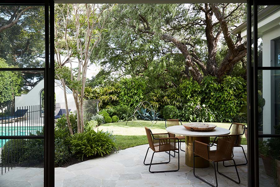 Peppertree Villa by Luigi Rosselli Architects located in Bellevue Hill, Sydney, Australia - beautiful garden