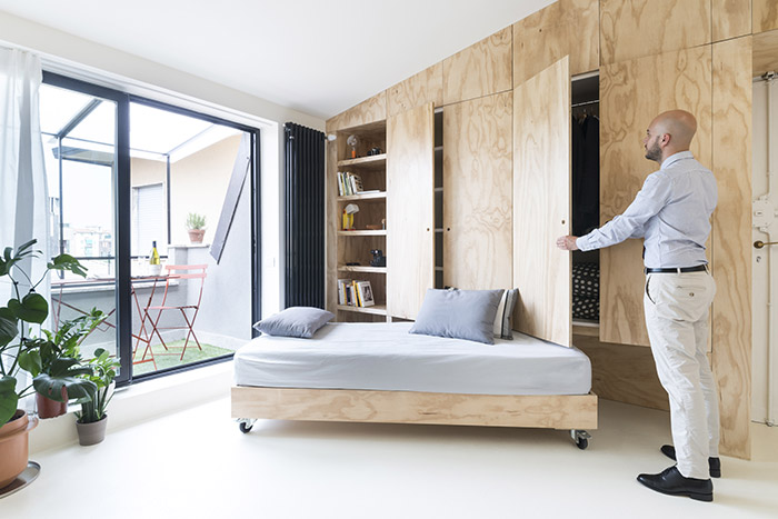 OCS Batpin Flat by Studio WOK - small apartment of only 28square meters in Milan, Italy whose living space transforms from living, dining, study and master bedroom