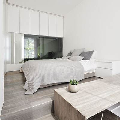 Small bedroom design idea in a renovated apartment located in London