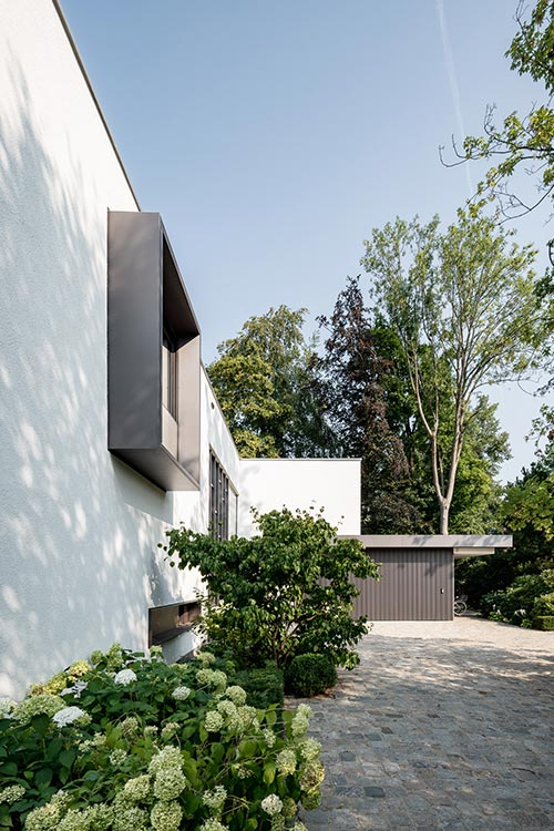 Spacious, modern house in Munich, Germany by Architect Stephan Maria Lang