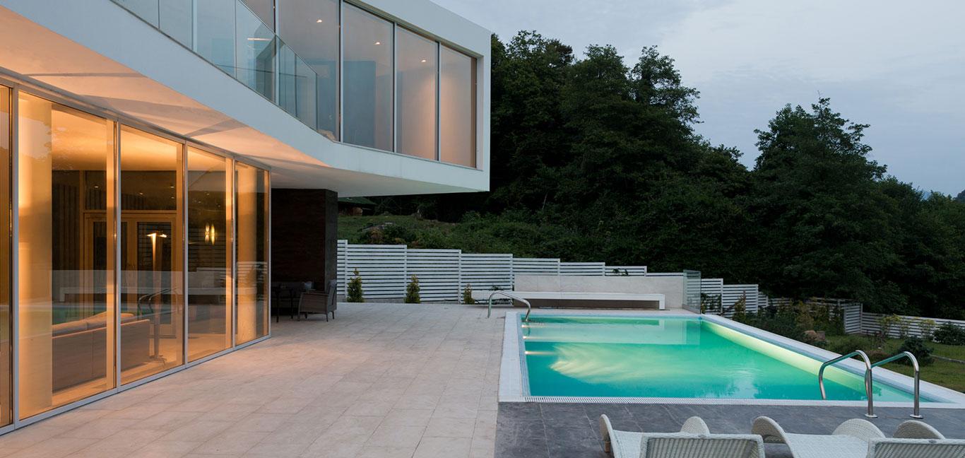 Spectacular pool in contemporary Sochi villa by Alexandra Fedorova