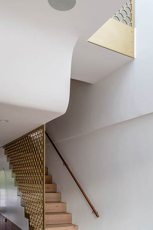Staircase design in a stylish terraced house located in Sydney, Australia