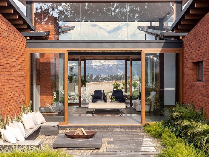 House AO by Studio Alfa in Ecuador - outdoor area