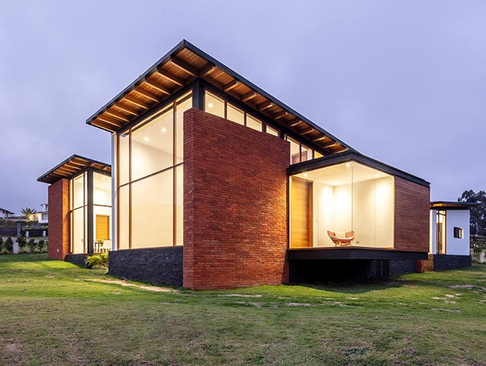 House AO designed by Studio Alfa