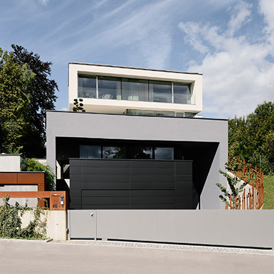 Stylish four-storey villa near Vienna with spectacular views - design by Architekt Zoran Bodrozic