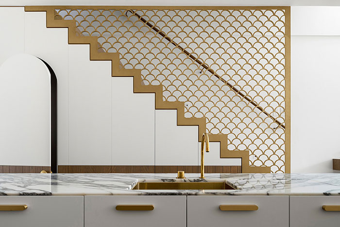 Stylish kitchen design by Luigi Rosselli Architects