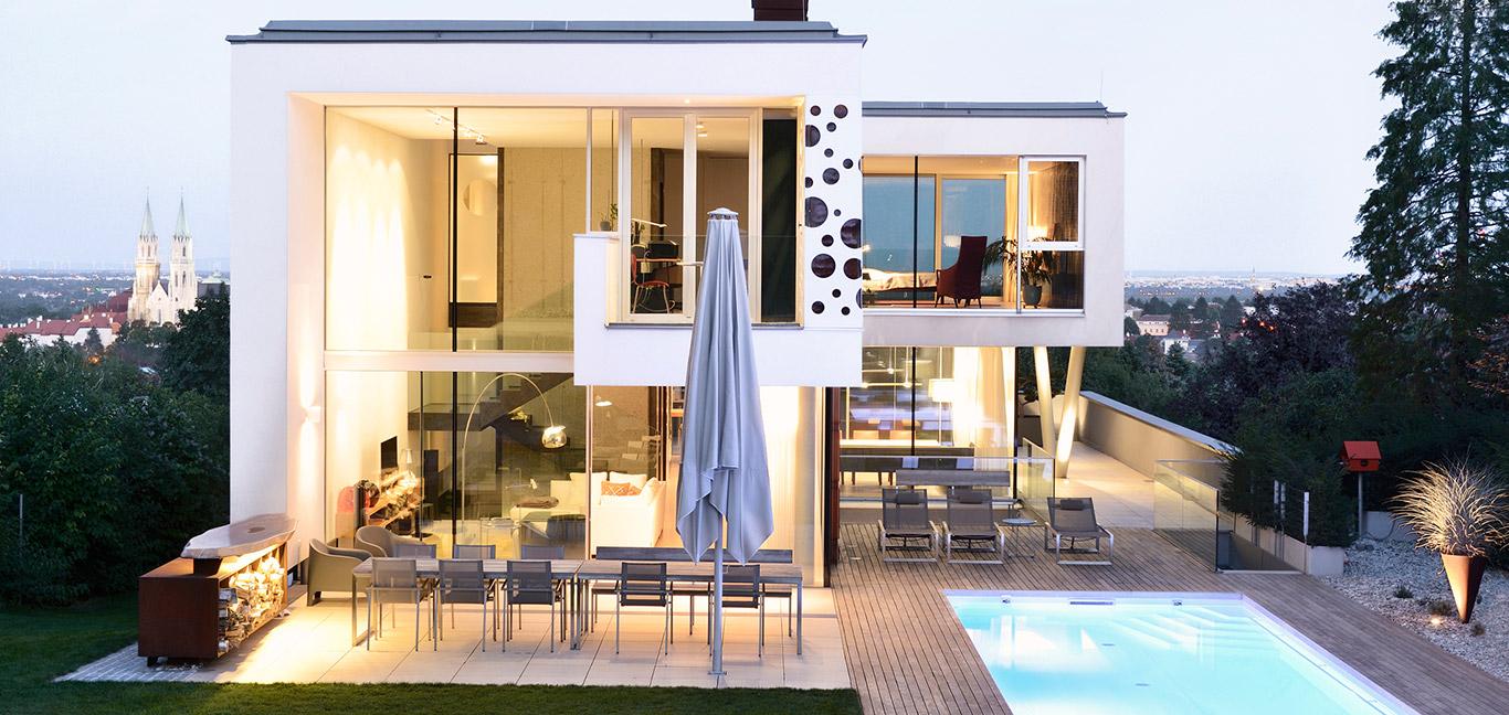 Stylish villa overlooking Vienna DC towers - design by Architekt Zoran Bodrozic