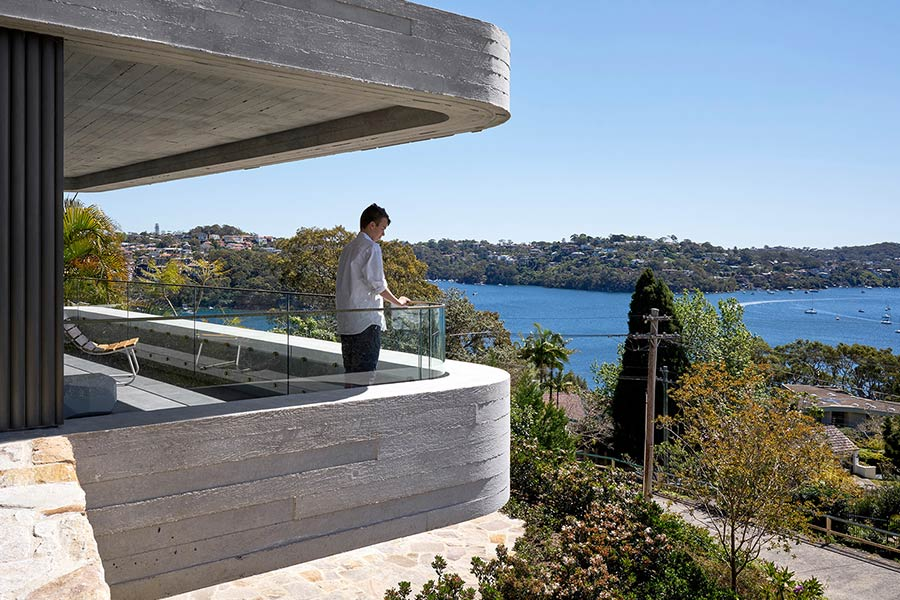 The Books House by Luigi Rosselli Architects overlooking Sydney Harbour