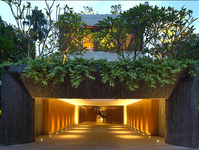Secret Garden House: Luxurious, contemporary family home ...