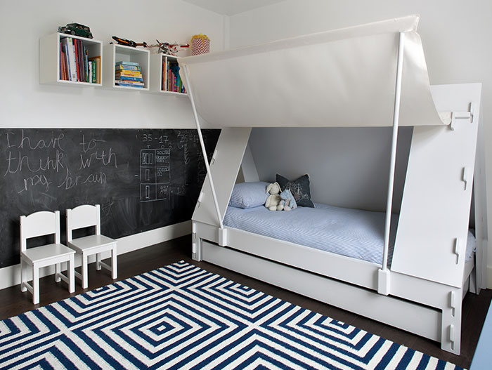 Beautiful, unique kids room design idea in a renovated house in London