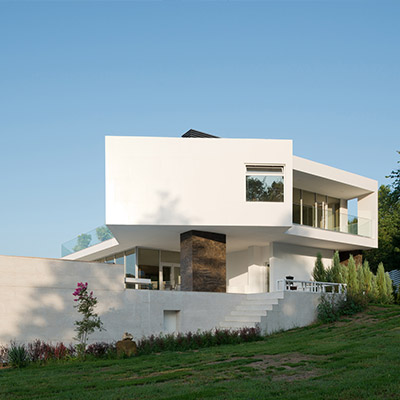 Villa Sochi, Russia, contemporary architecture with all white exterior by Alexandra Fedorova Architectural Bureau