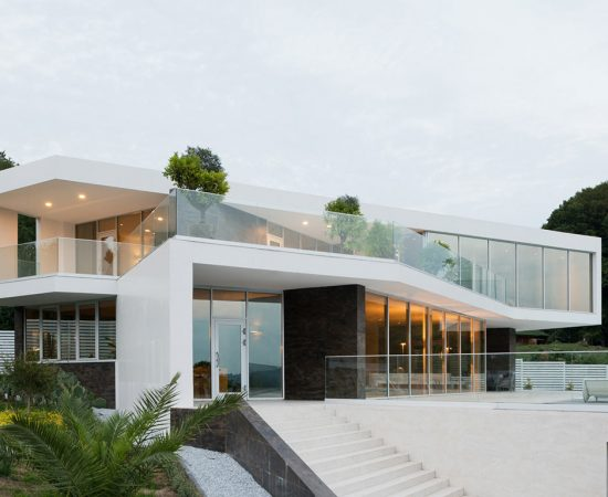 Villa V - spectacular contemporary house in Sochi, Russia - architecture and interior design by Alexandra Fedorova