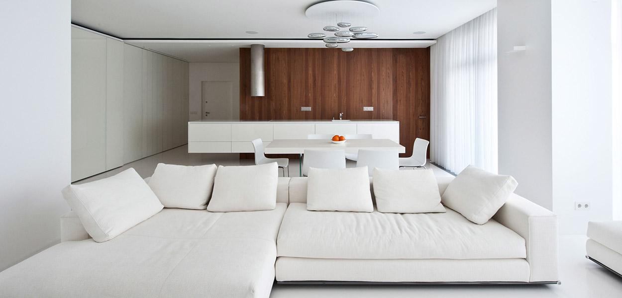 Welton Park apartment in Moscow with gorgeous all white interior design - Alexandra Fedorova