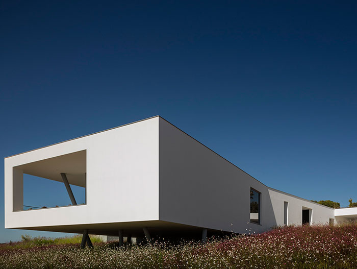 Modern architecture - modern Zauia House offers amazing views of Lagos Bay, Portugal